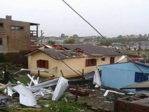 Sete bairros foram devastados em São Francisco de Paula (Foto: Reprodução / RBS TV)