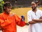 Neymar vive mestre em artes marciais em novo clipe do rapper Emicida