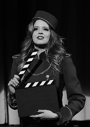 Mariana Santos compõe o elenco (Foto: Priscila Prade)