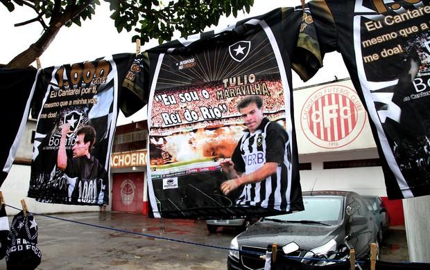 Túlio jogo torcida Cachoeiro (Foto: Pedro Veríssimo / Globoesporte.com)
