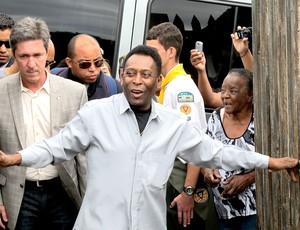 Pelé comemoração Três Corações especial (Foto: Alexandre Alliatti / Globoesporte.com)
