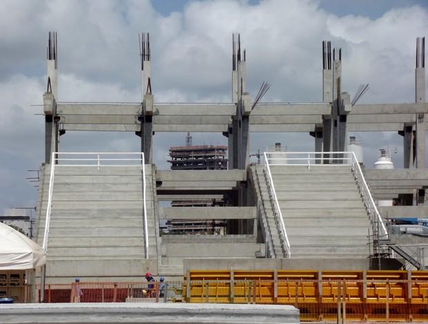 Primeira arquibancada da Arena das Dunas (Foto: Matheus Magalhães/Globoesporte.com)