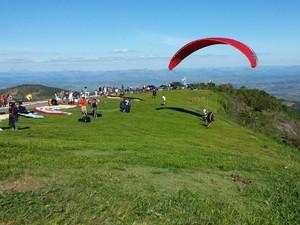 Pico da Ibituruna, em Governador Valadares (Foto: Associação de Voo Livre Ibituruna/Divulgação)