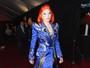 Veja os looks dos famosos no tapete vermelho do prêmio Grammy 2016