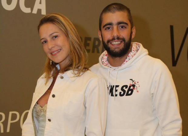 Luana Piovani e Pedro Scooby (Foto: Daniel Delmiro/AgNews)