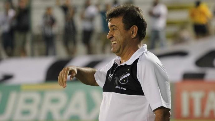Zé Teodoro - técnico do ABC (Foto: Fabiano de Oliveira)