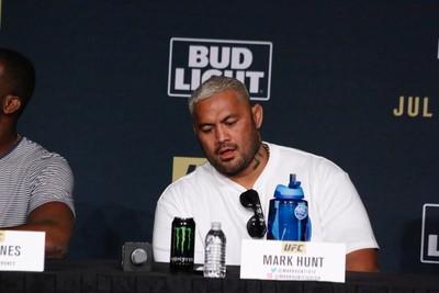 Mark Hunt Coletiva UFC 200 (Foto: Evelyn Rodrigues)