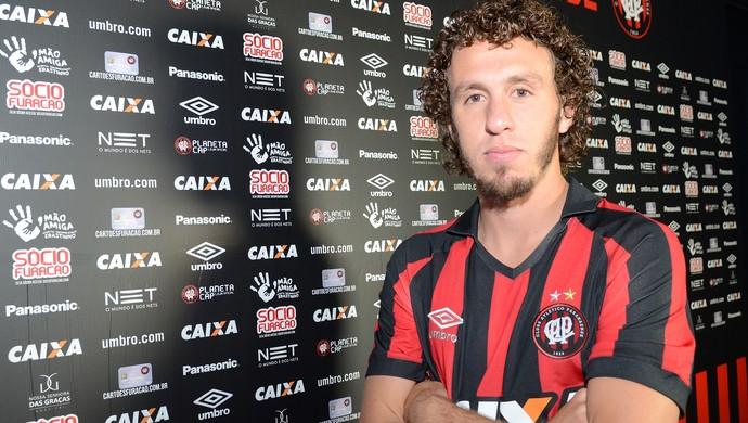 Rafael Galhardo Atlético-PR (Foto: Site oficial do Atlético-PR/Gustavo Oliveira)