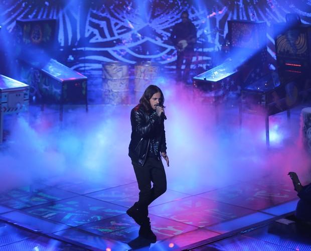Kim Lírio mandando bem em cima do paldo do programa (Foto: Isabella Pinheiro/Gshow)