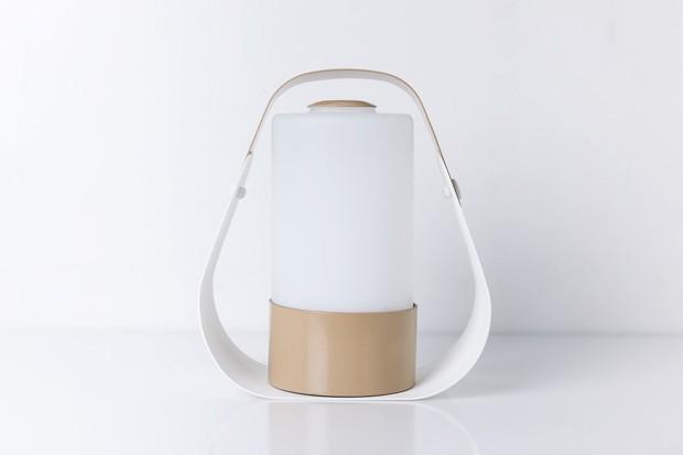 Luminária Cicluz, da empresa Luxion Iluminação: roduto promete regular o relógio biológico (Foto: Divulgação)