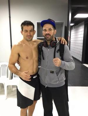 BLOG: Adversários no UFC 198, Demian Maia e Matt Brown posam juntos após duelo