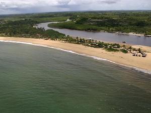 Imagem aérea de Caraíva, na Bahia (Foto: Divulgação/ Prefeitura de Porto Seguro)