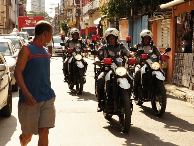 Policiais circulam por Paraisópolis desde segunda-feira (29) na Operação Saturação (Foto: Glauco Araújo/G1)