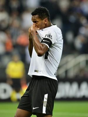Corinthians x Atlético-PR Jô (Foto: Marcos Ribolli)