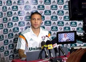 Bruno na coletiva do Fluminense (Foto: Fred Gomes)