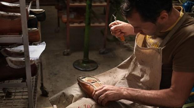 Artesãos e designers podem vender seus produtos pelas empresas de Dalvi (Foto: Divulgação)
