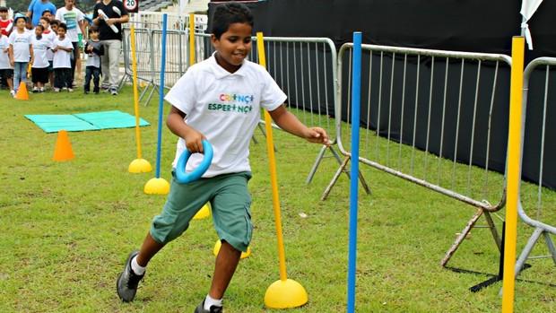 Criança desafio bolt (Foto: Igor Christ/Eu Atleta)