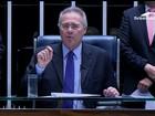 Renan Calheiros comanda 1ª sessão após ficar na presidência do Senado