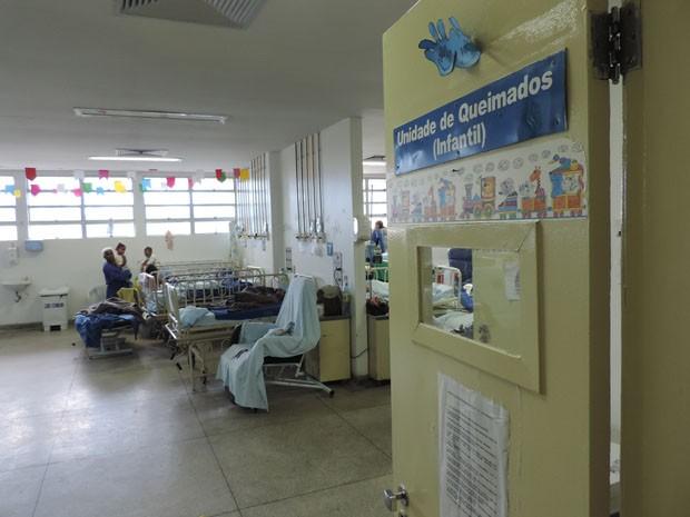 Unidade de atendimento a queimados no Hospital da Restauração, no Recife (Foto: Moema França / G1)