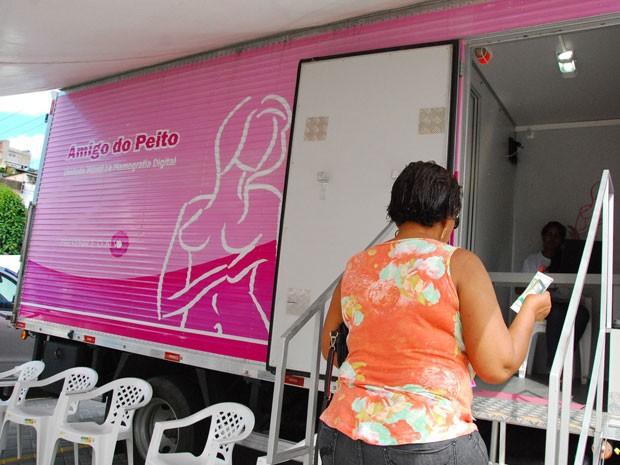 Mamógrafo ficará em frente à Prefeitura do Recife durante esque quinta-feira (2) (Foto:  Inaldo Lins/PCR)