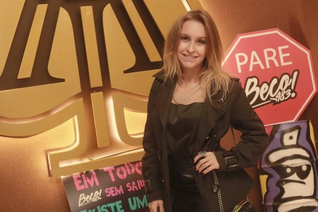 Carla Diaz em show de Thaigo Martins (Foto: Marco macedo/ Divulgação/ All In)