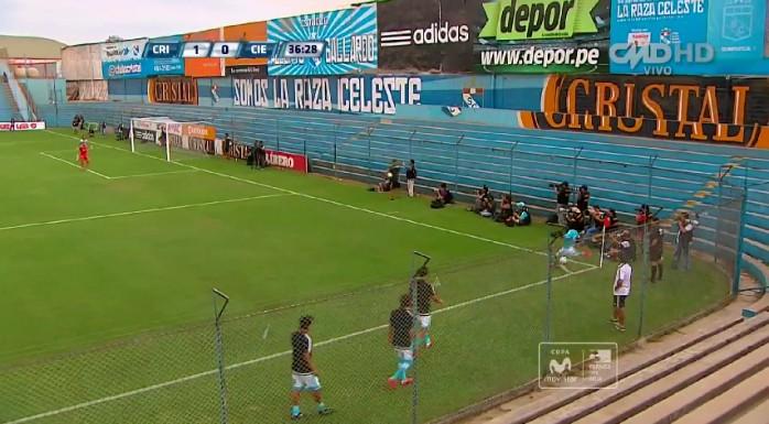 BLOG: Veterano da seleção do Peru faz um golaço olímpico que ninguém esperava