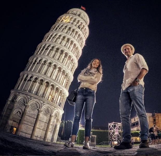 Amanda Richter e Max Fercondini em Pisa (Foto: Reprodução/Instagram)