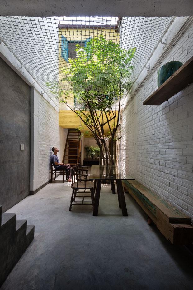 Casa diferente em Saigon (Foto: Quang Tran e Hiroyuki Oki / divu)