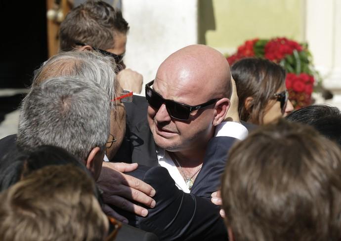 Philippe Bianchi no funeral do filho Jules Bianchi (Foto: AP)