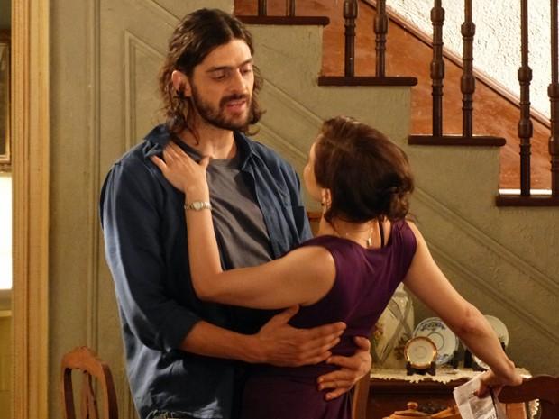 Dançando um tango pra se esquivar (Foto: Gshow)