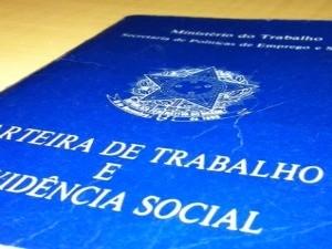 Agência do Trabalhador de  Curitiba realiza mutirão de atendimento para quem necessita dar entrada no seguro-desemprego. (Foto: G1 PR)