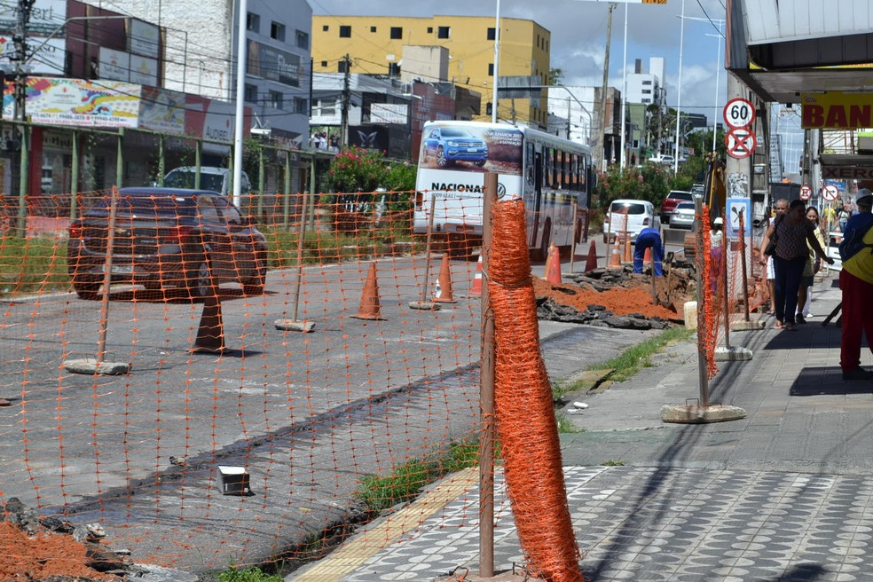 Trecho da Avenida Salgado Filho interditado (Foto: Glácio Menezes)