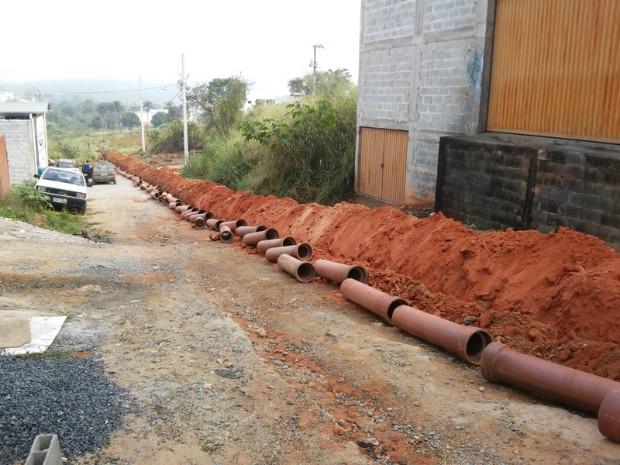 Saae Canalização Formiga - 01 (Foto: Prefeitura de Formiga/Divulgação)