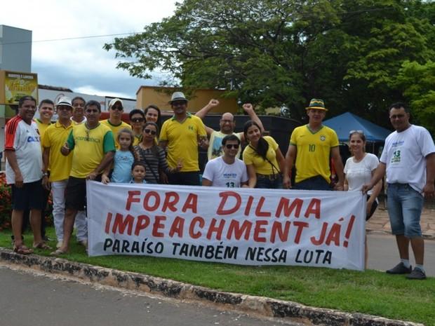 Protesto em Paraíso do Tocantins começou com concentração às 16h (Foto: Ademir Rêgo/Surgiu)