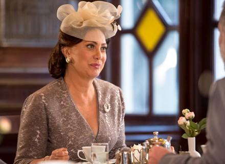 Anastácia volta atrás e revela decisão sobre casório