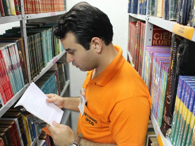 Preso que se formou na cadeia começa pós-graduação em MS (Foto: Gabriela Pavão/ G1 MS)