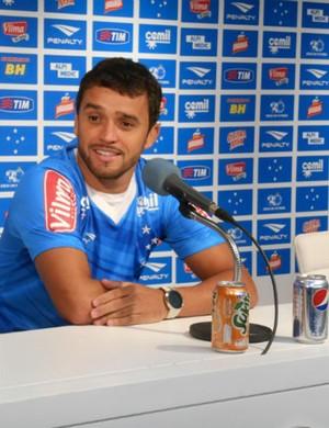 Charles, volante do Cruzeiro (Foto: Cruzeiro/Divulgação)