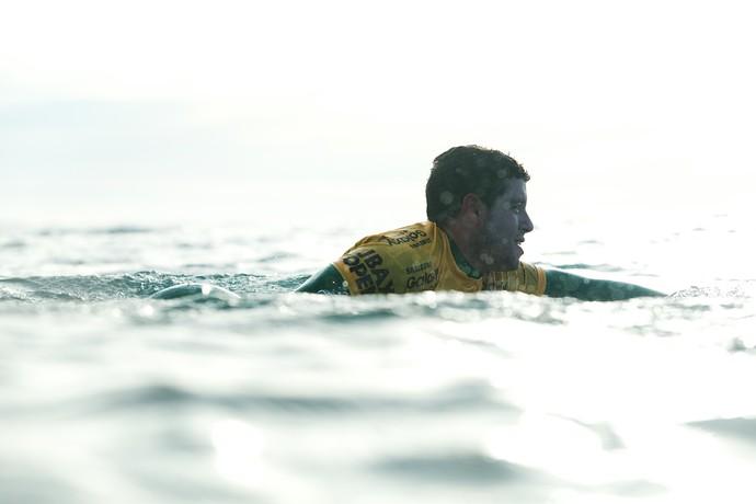 Adriano de Souza, o Mineirinho, em ação na 3ª fase da etapa de Jeffreys Bay (J-Bay) Mundial de Surfe (Foto: WSL / Cestari)