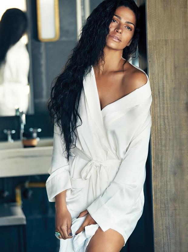 Camila Alves (Foto: Warwick Saint / Revista Ocean Drive)