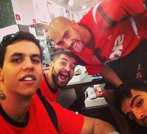 Jogadores do Flamengo Basquete EUA (Foto: Reprodução/ Instagram)