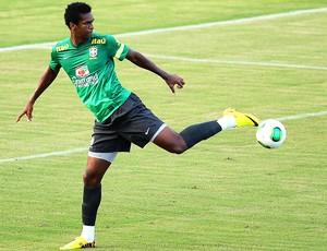 Jô treino Seleção Salvador (Foto: Wagner Carmo / VIPCOMM)