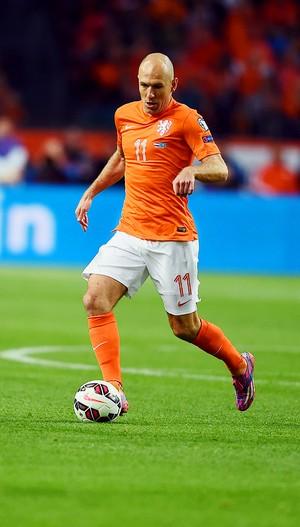 Holanda x Cazaquistão - Robben (Foto: AFP)