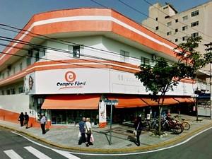 Comércio fica no Centro da cidade (Foto: Reprodução)