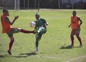 Cuiabá e Operário Várzea-grandense, jogo-treino (Foto: Assessoria/Cuiabá Esporte Clube)