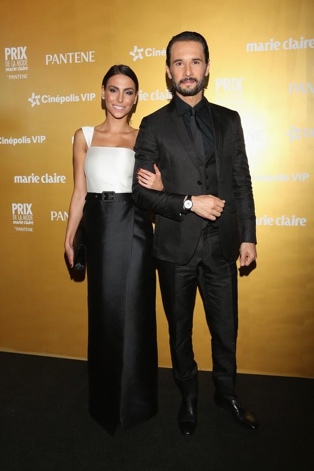 Mel Fronckowiak e Rodrigo Santoro: casal que é puro estilo no Brasil e em Los Angeles (Foto: Getty Image)