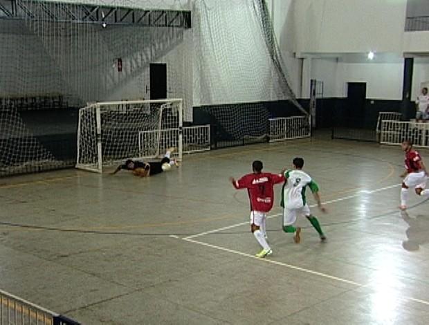 Uberaba X Iturama pelas quartas de final (Foto: Reprodução/TV Integração)
