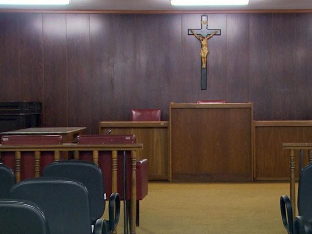 Com apenas um juiz, Muzambinho já acumula oito mil processos. (Foto: Reprodução EPTV)