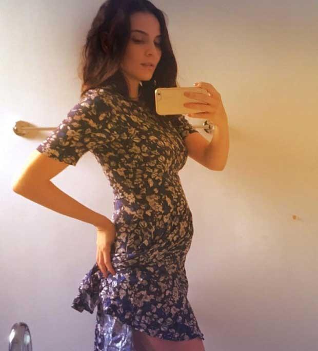 Aos 4 meses de gravidez, Tainá Müller exibe barriguinha e surpreende seguidores