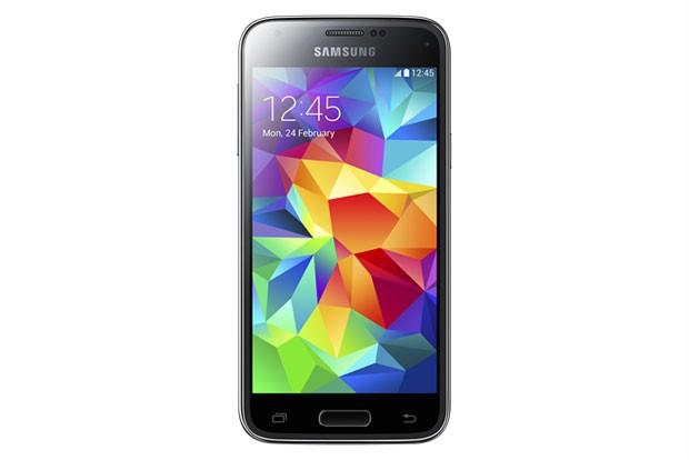 Samsung Galaxy S5 mini, com leitor de digitais, câmera de 8 MP e tela de 4,5 polegadas. (Foto: Divulgação/Samsung)