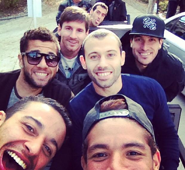 Dani Alves reúne turma do Barça (Foto: Reprodução / Instagram)